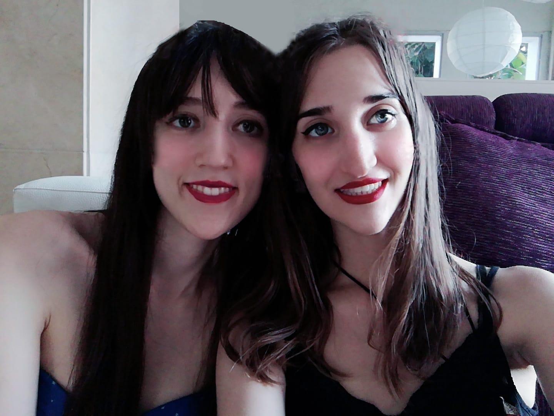 Ana Crespo y Elena Ballesteros